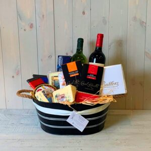 A gift hamper specially designed for lovers of wine and cheese.e