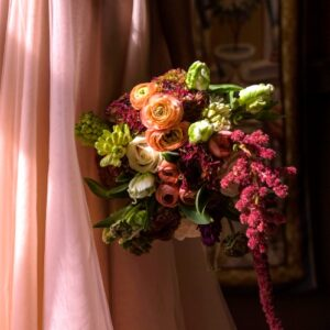 Amaranthus roses and ranunculus from wedding flower images