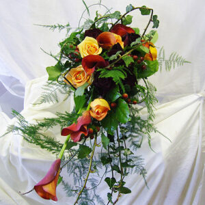 Image of wedding flowers in autumnal colours