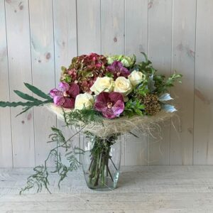 White and Pink Flower Bouquet in Sisal Frame. Dublin and nationwide delivery available.