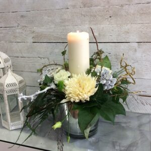 Corporate Gifting Christmas Candle arrangement in Whites;
