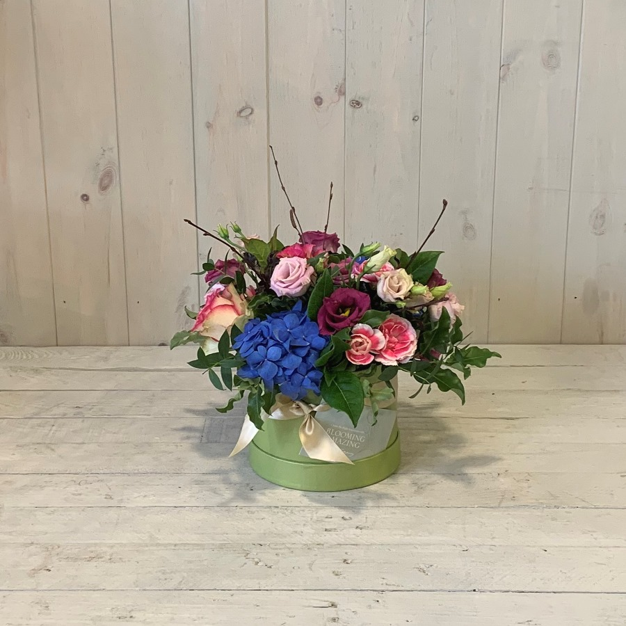 Mini Hatbox Flowers in Blues and Pinks – Click and Collect Only