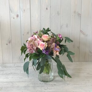 Click and Collect Flowers - Petite flowers in Pink