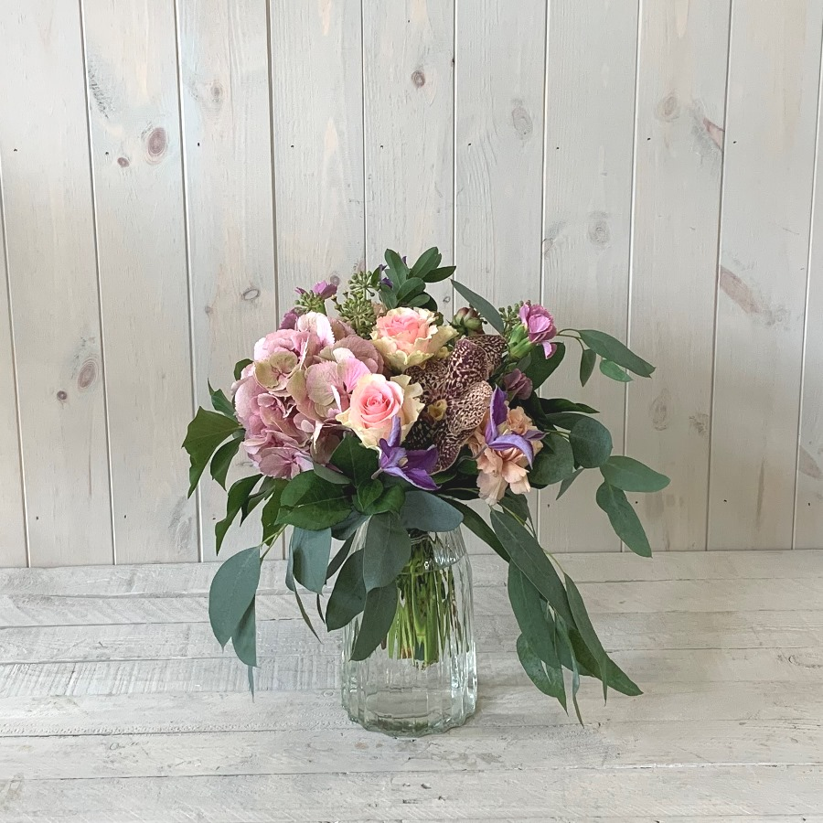 Petite Flowers in Pinks – Click and Collect Only