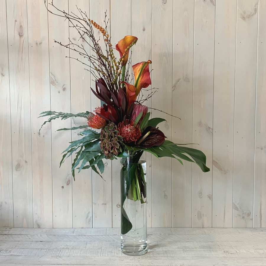 Subscription Flowers – Seasonal Arrangement in Glass Vase
