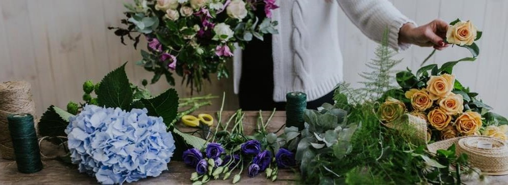 A perfect gift for the flower lover - build your own bouquer