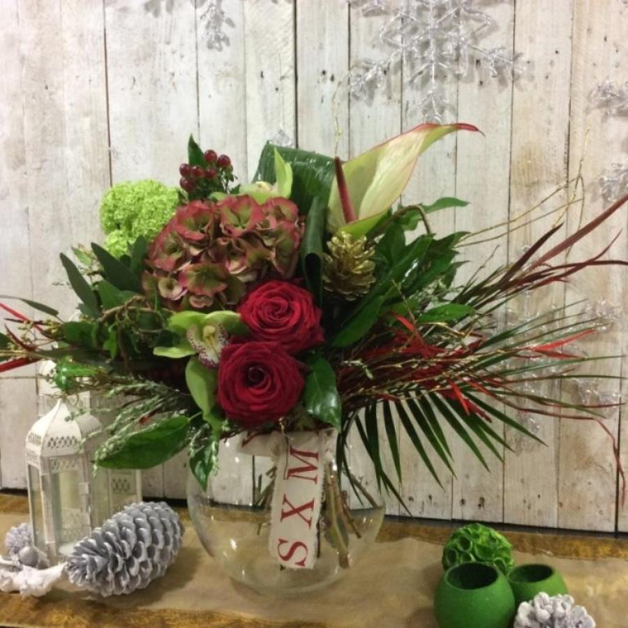 Christmas flower bouquet in reds - festive flowers for delivery in Dublin and Ireland