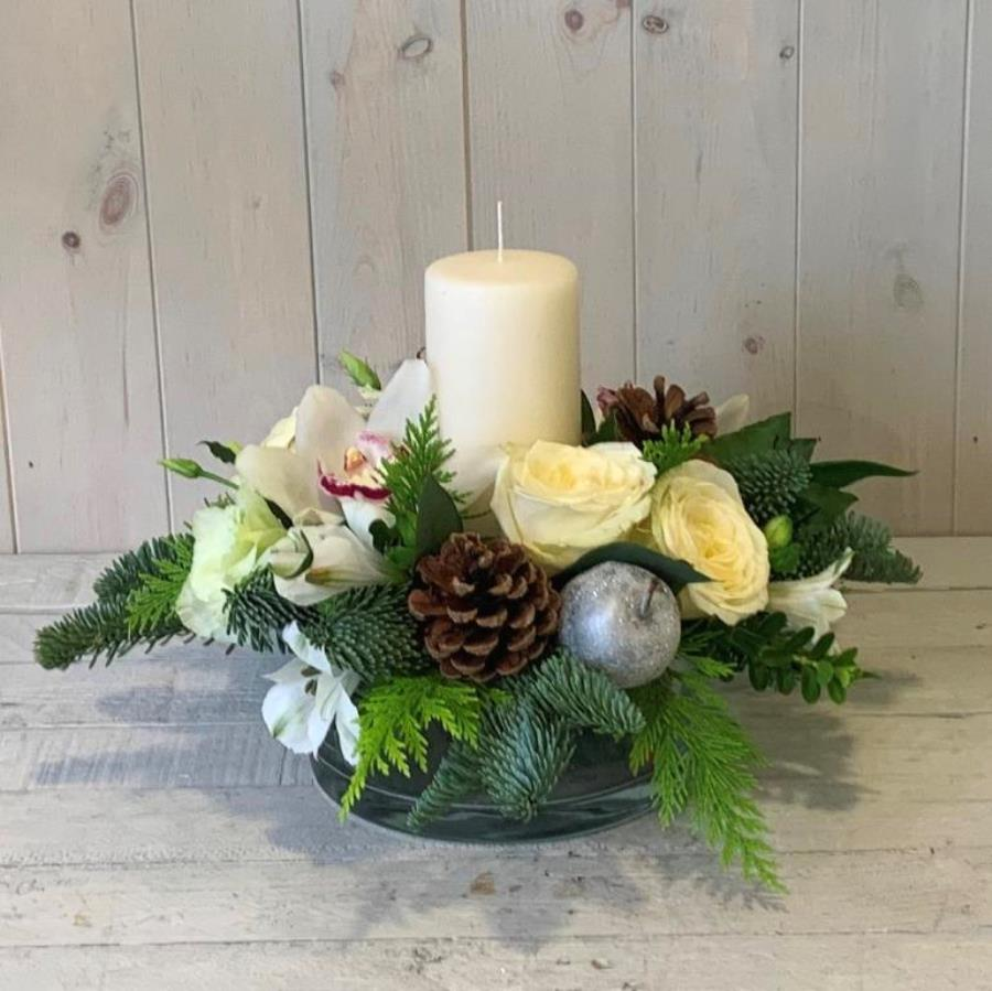 Yuletide Candle Arrangement in White and Silver