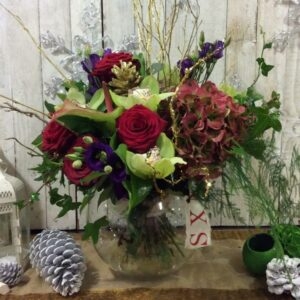 Yuletide flower bouquet in Reds - beautiful flowers delivered in Dublin
