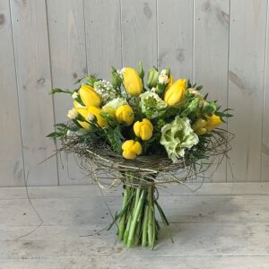 Spring Tulips in Sisal Frame. Order Spring flowers online to click and collect or have delivered in Dublin and across Ireland