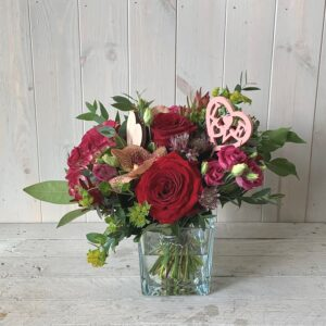 Valentines Red Roses Flower Arrangement. Gorgeous gifts for Valentines weekend delivery in Dublini