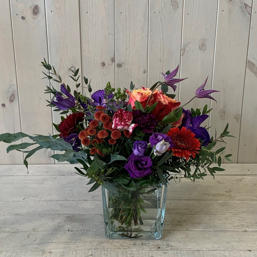 Summer flower arrangements in blues and reds for delivery in dublin